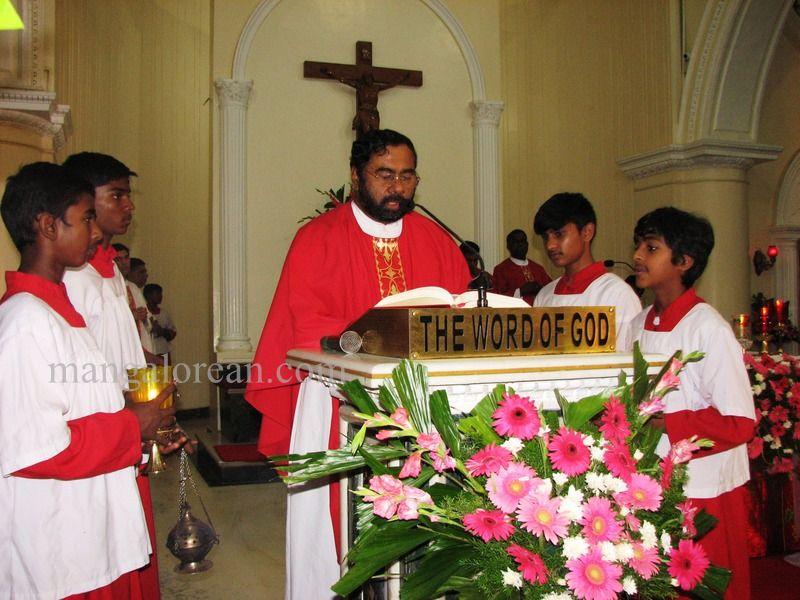 image010archbishop-moras-birthday-020160516-010