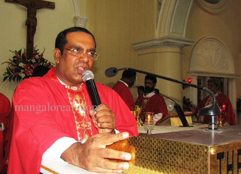 image012archbishop-moras-birthday-020160516-012