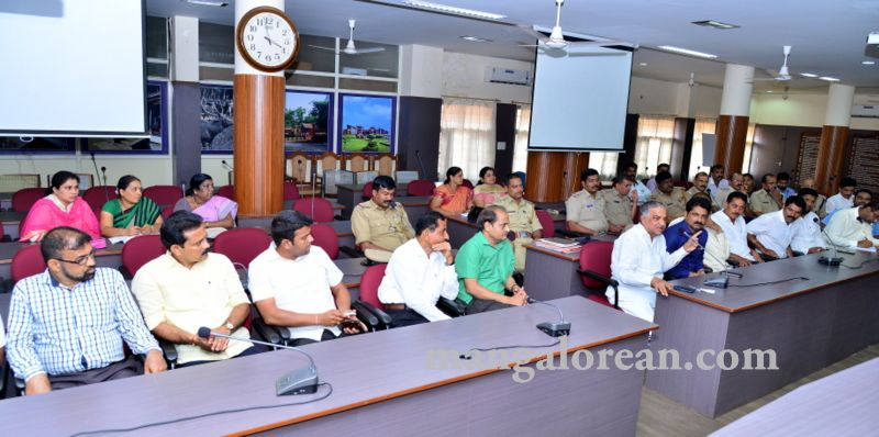 image012fDC-Yettinahole-Meeting-20160517-012