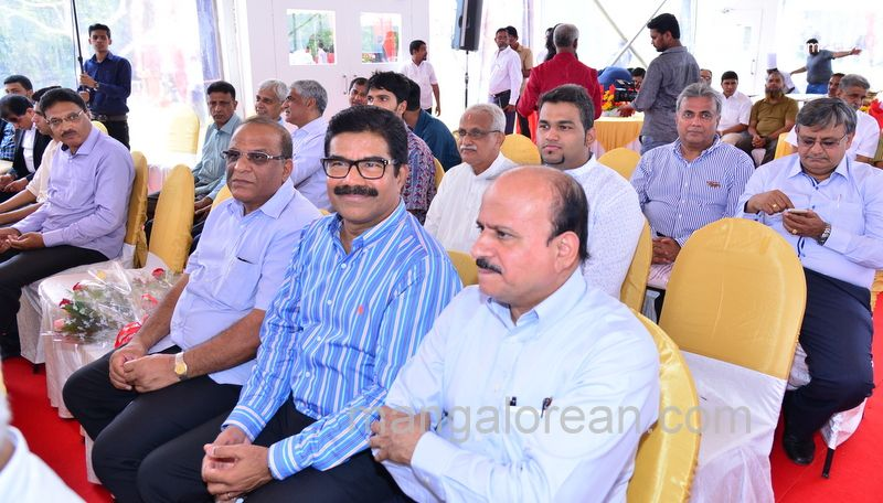 image013thumbay-family-gettogether-20160501-013