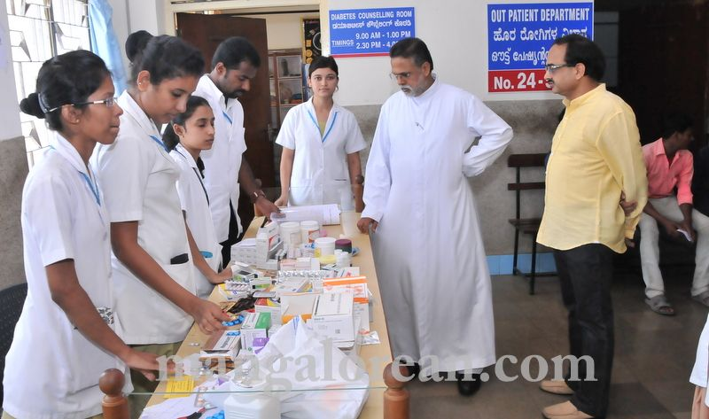 image019fmmc-health-camp-20160515-019