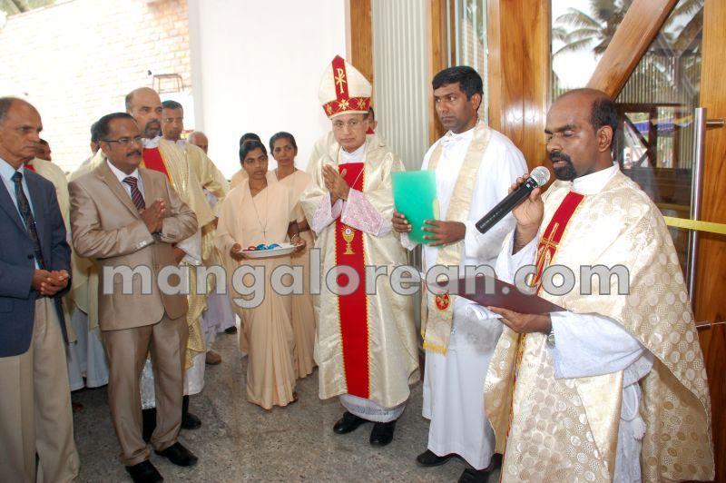 image055tallur-church-inuguration-20160512