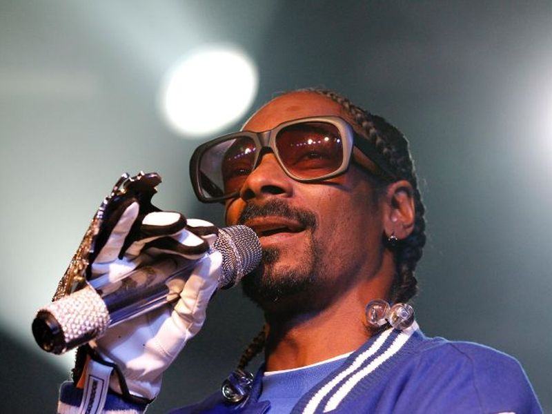rapper-snoop-dogg-20160520