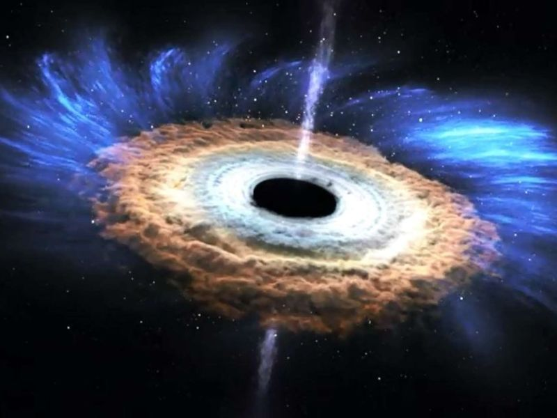 sun-black-hole-20160531