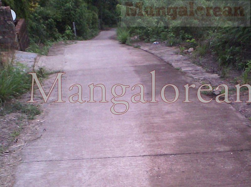 Bajpe-Road-Misery -Over-Road-Concreted (2)