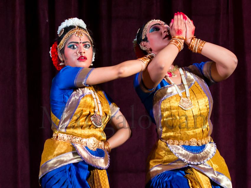 Prathama-Paadam-Divya-Ramganesh-Sneha-Satyan-05062016 (2)