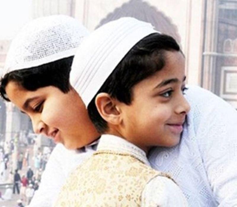 Ramzan-Eid-ul-Fitr-Mubarak-child