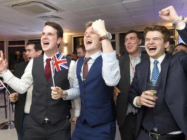 britain-votes-to-leave-the-eu-in-historic-vote-20160624