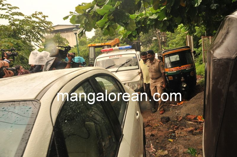 image001Baliga Murder Case, Naresh Shenoy Produced Before court-20160627-001