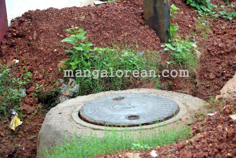 image001open-manholes-20160628-001