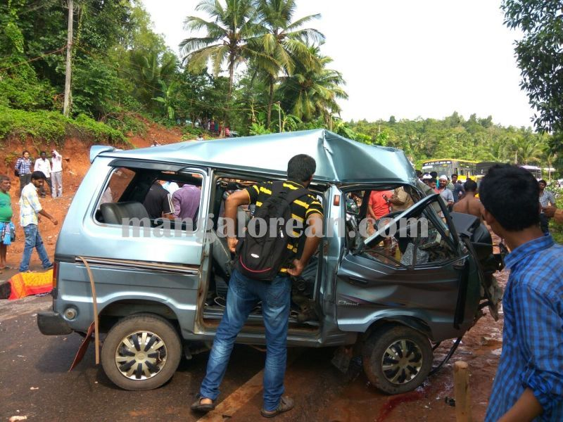 image002accident-maani-bcroad-20160612