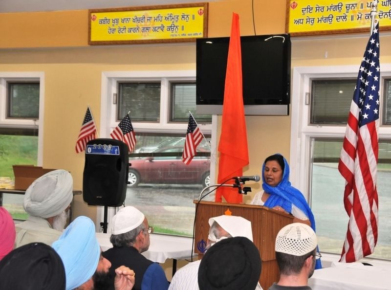 image002sikh-american-community-of-chicago-holds-prayers-20160623-002