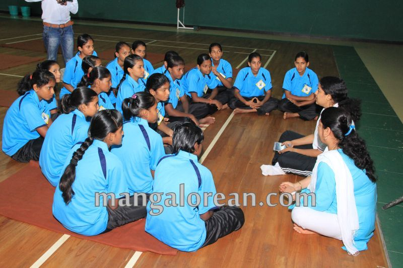 image002world-yoga-day-udupi-20160621
