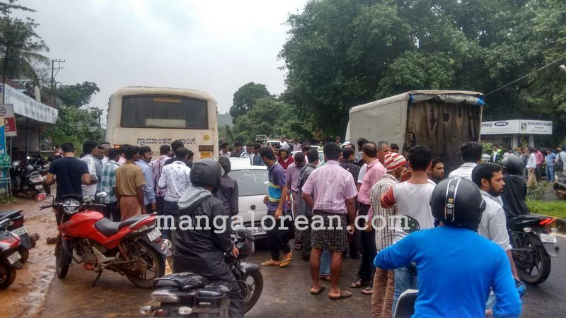 image003accident-ksrtc-bus-20160628-003