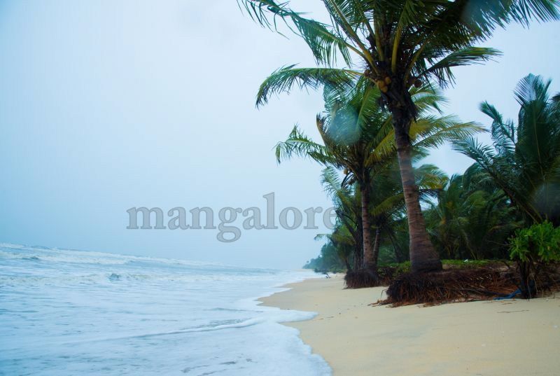 image003sea-erosion-threat- for- many- houses- in-udupi-district-20160629