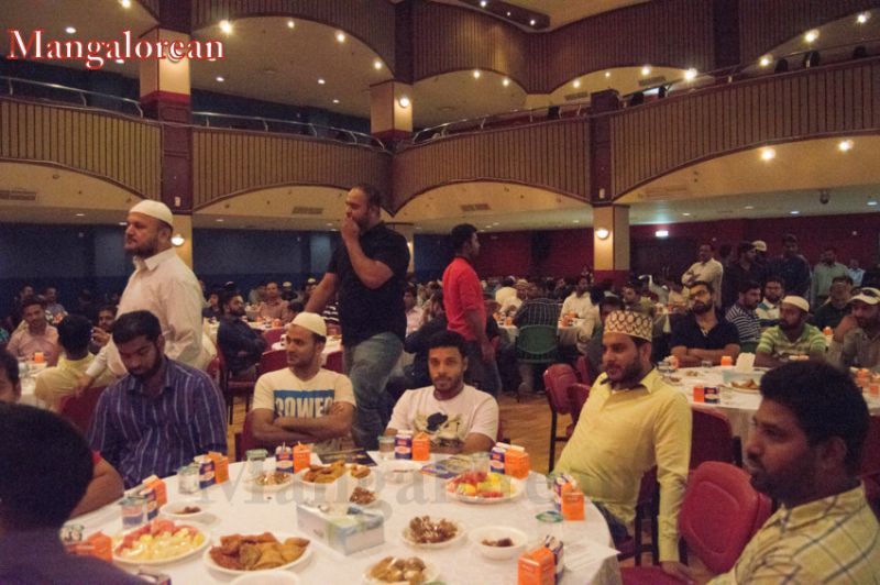 image004Sahebaan-Community-Grand-Iftar-2016-01-004