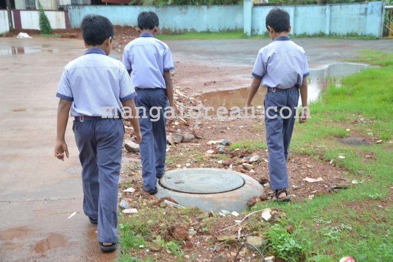 image005open-manholes-20160628-005