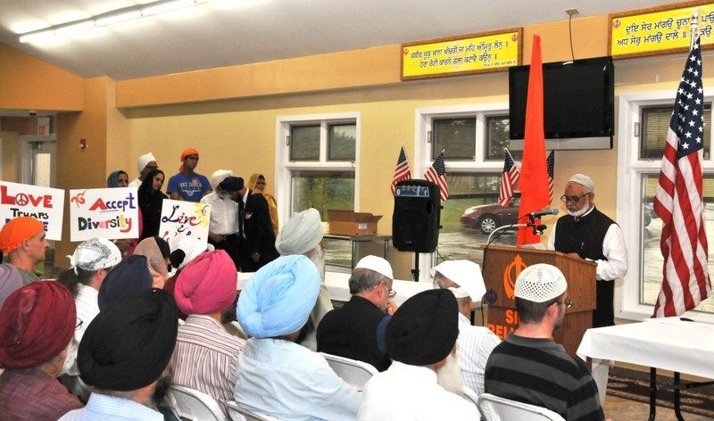 image007sikh-american-community-of-chicago-holds-prayers-20160623-007