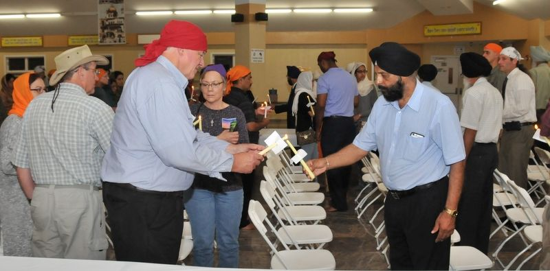 image008sikh-american-community-of-chicago-holds-prayers-20160623-008