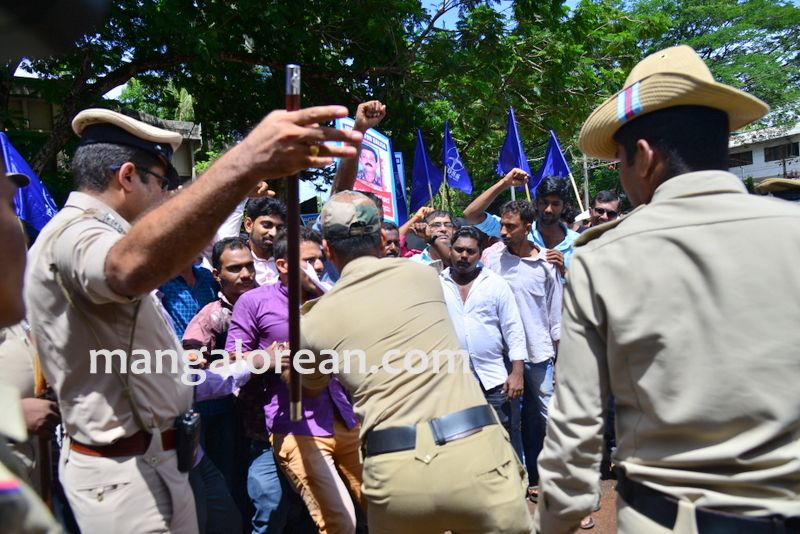 image009baliga-sisters-protest-20160606-009