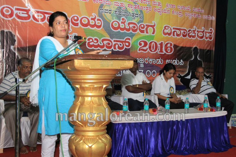 image009world-yoga-day-udupi-20160621