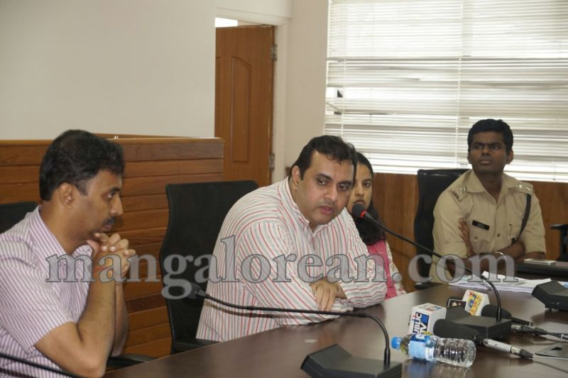 image010dist-official-meeting-20160625