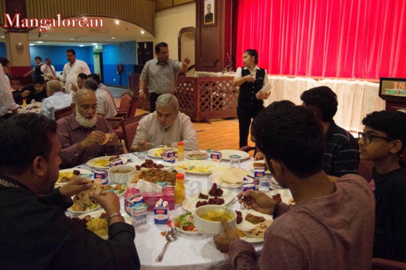 image011Sahebaan-Community-Grand-Iftar-2016-01-011