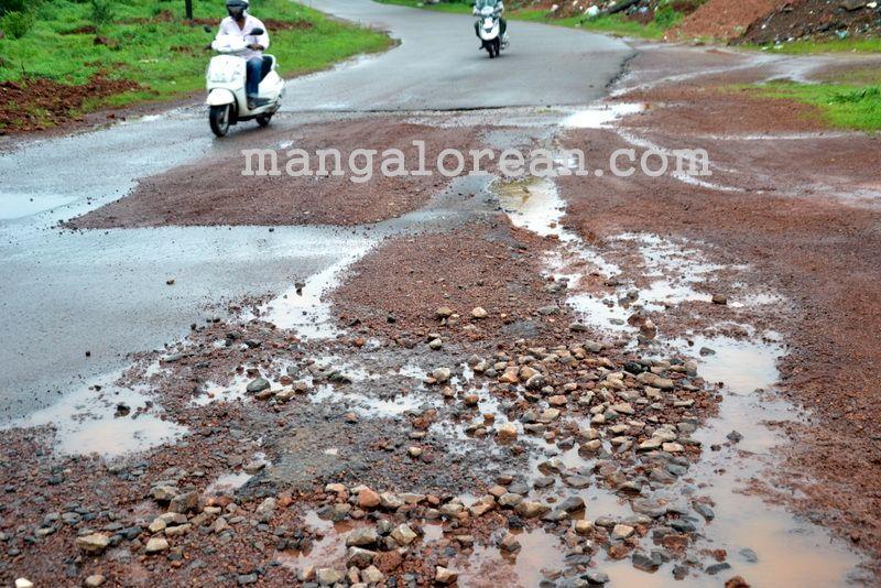 image011open-manholes-20160628-011