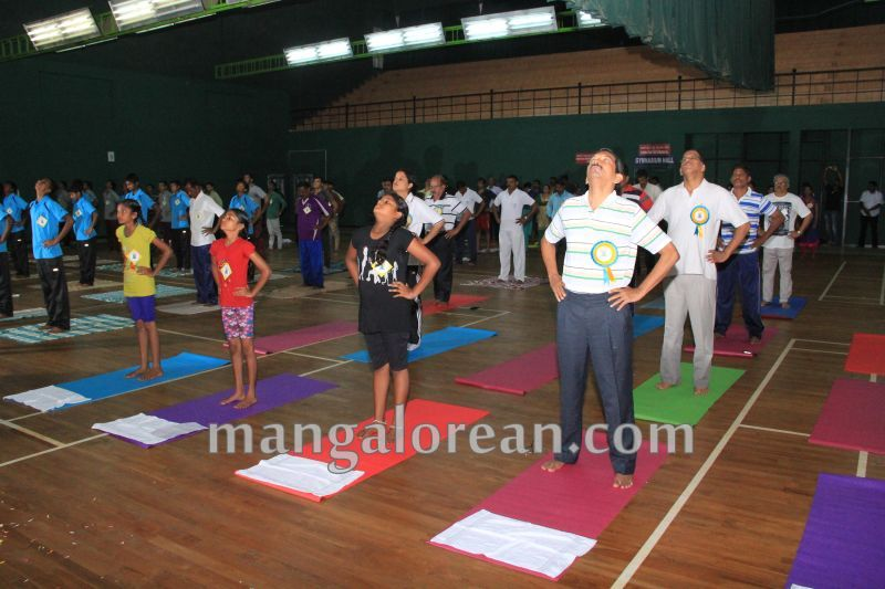 image011world-yoga-day-udupi-20160621