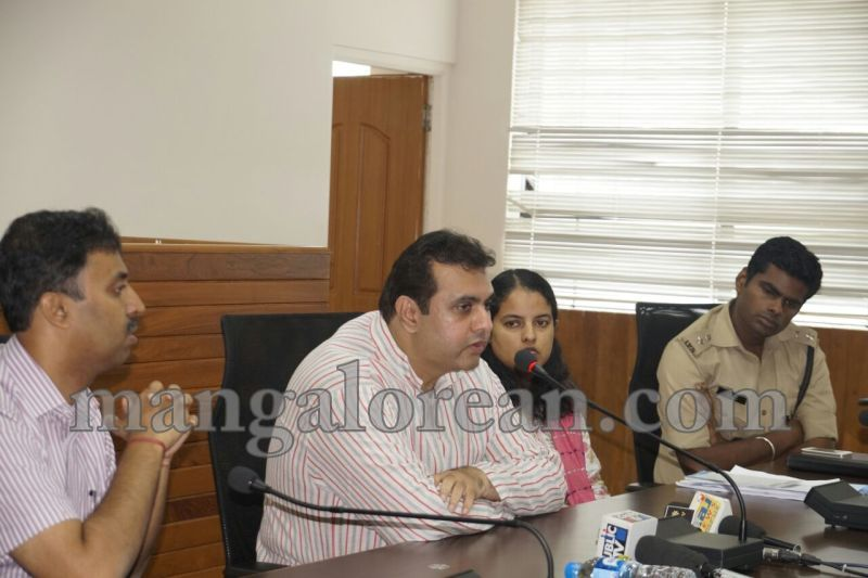 image012dist-official-meeting-20160625