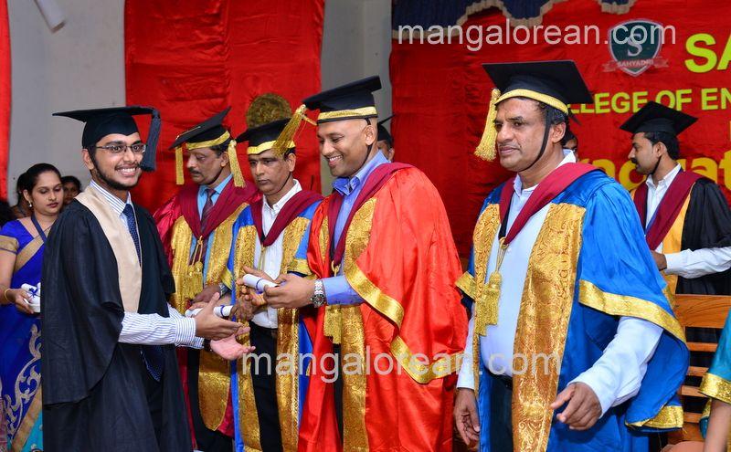 image012sahyadri-graduation-20160611-012