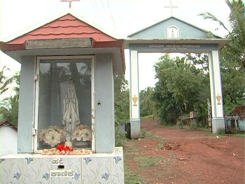 image015peruvai-church-20160609-015