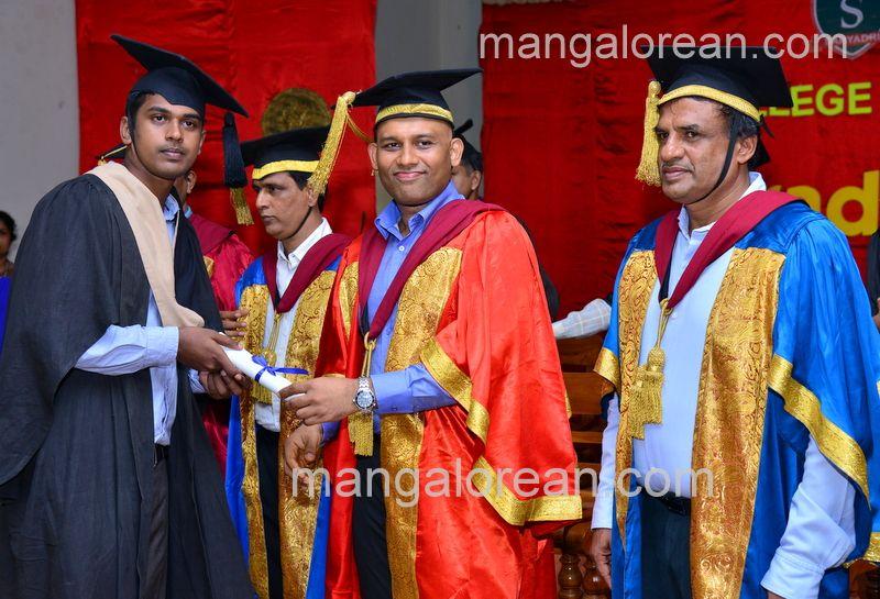 image017sahyadri-graduation-20160611-017