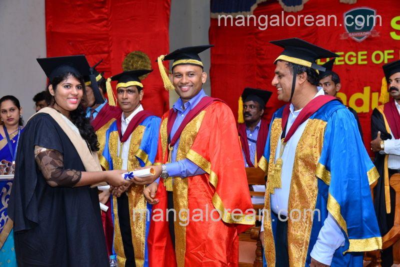 image020sahyadri-graduation-20160611-020