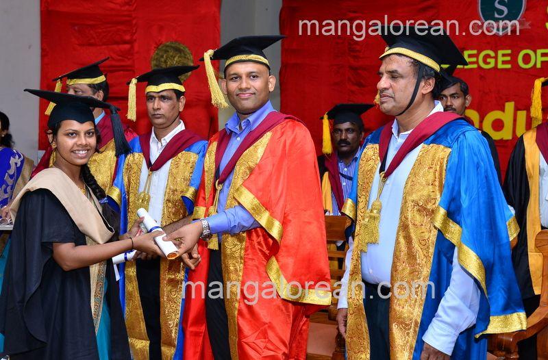 image021sahyadri-graduation-20160611-021