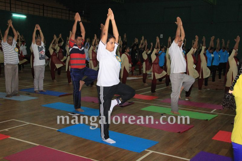 image024world-yoga-day-udupi-20160621