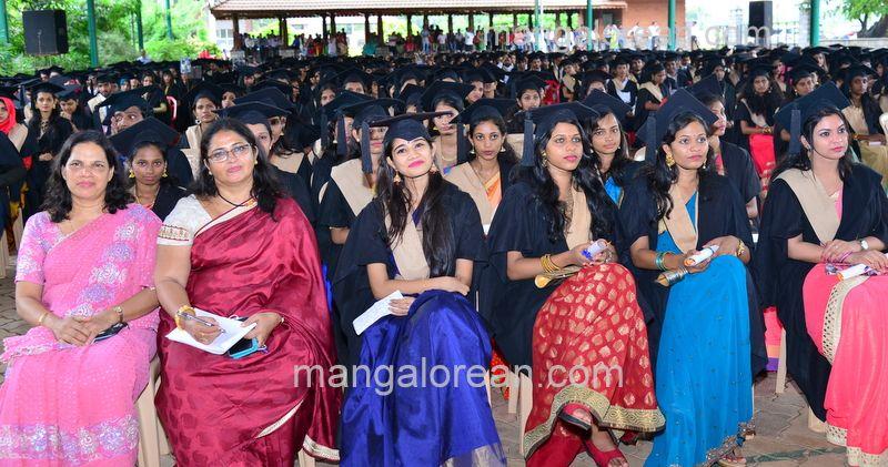 image030sahyadri-graduation-20160611-030