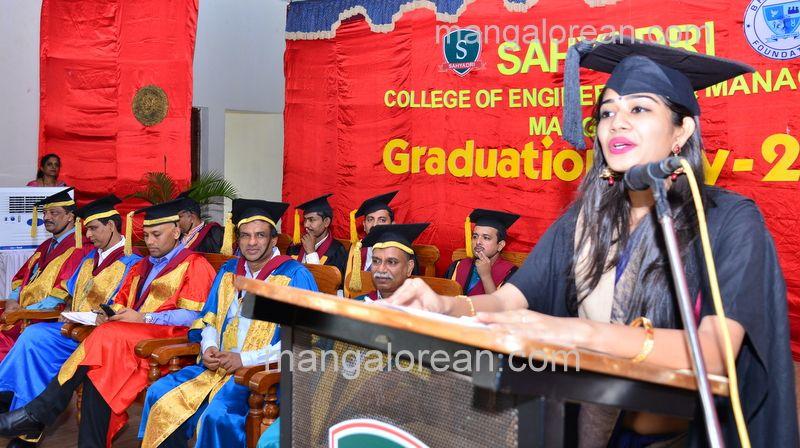 image031sahyadri-graduation-20160611-031