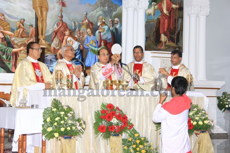 image036kuntalnagar-church-feast-20160621