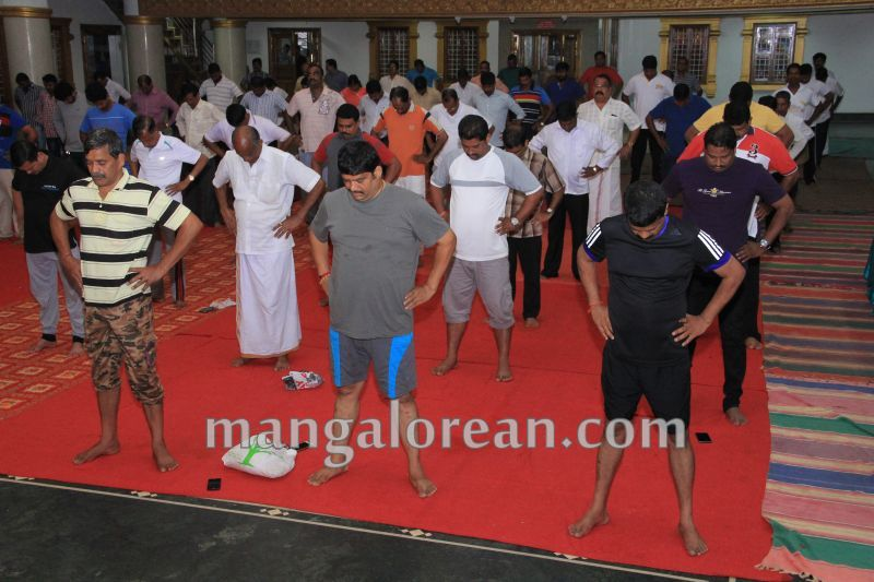 image043world-yoga-day-udupi-20160621