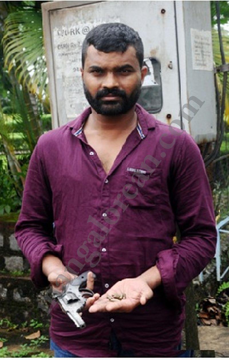 raghavendra-kanchan-live-pistol