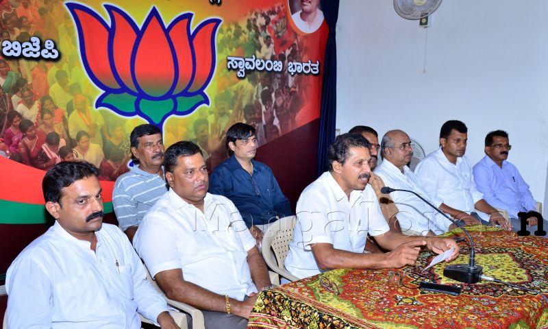 BJP_Press-Meet-08072016 (1)