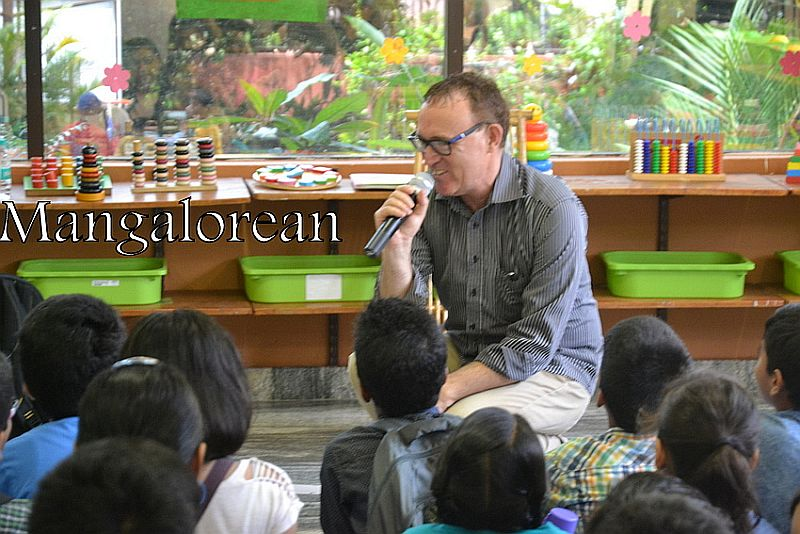 From-Aus-with-Love-Author-Ken-Reads-to-Kudla-Kids (14)