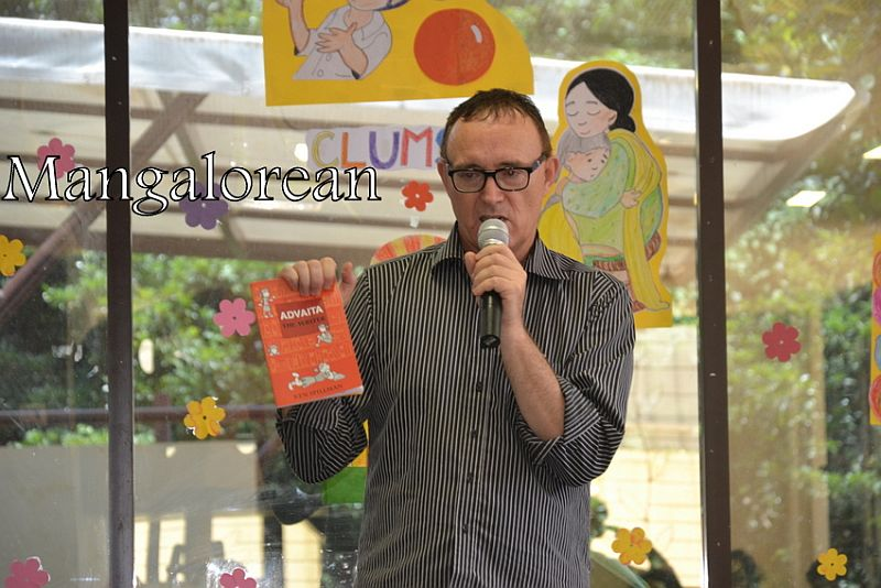From-Aus-with-Love-Author-Ken-Reads-to-Kudla-Kids (21)