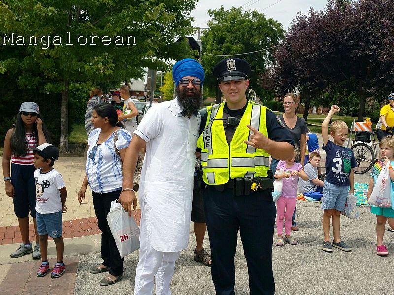 Independence Day_Palatine Parade_Gulsher Singh with Palatine Police officer_IMG-20160702-WA0004 (1)