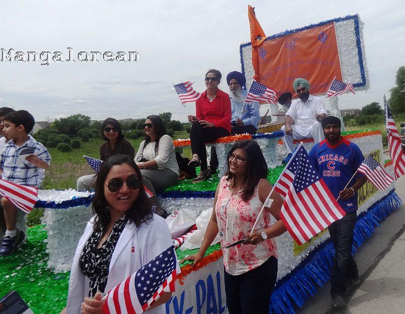 Independence Day_Palatine Parade_SRS FloatParticipants_DSC02866