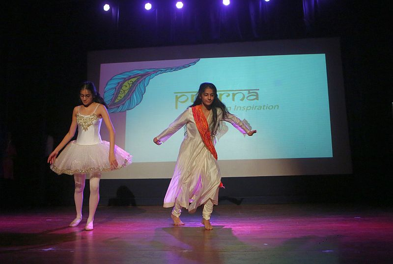 Prerna-Mumbai-school-girls   (1)