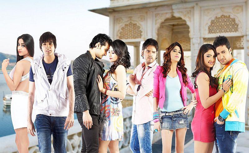 Ritika Gulati, Rahul Suri, Rishank Tiwari, Samiksha Bhatnagar, Harshvardhan Joshi,  Nisha Gulati, Pooja Banerjee, Shaleen Bhanot in film Love ke Funday