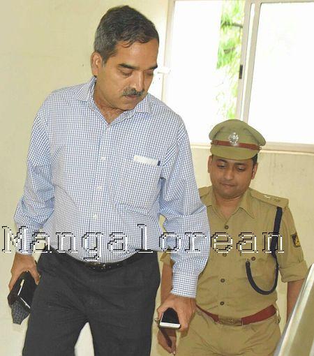 adgp-pratap-reddy-city-investigations-ganapathi-suicide-case