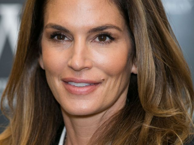 cindy-crawford-20160728